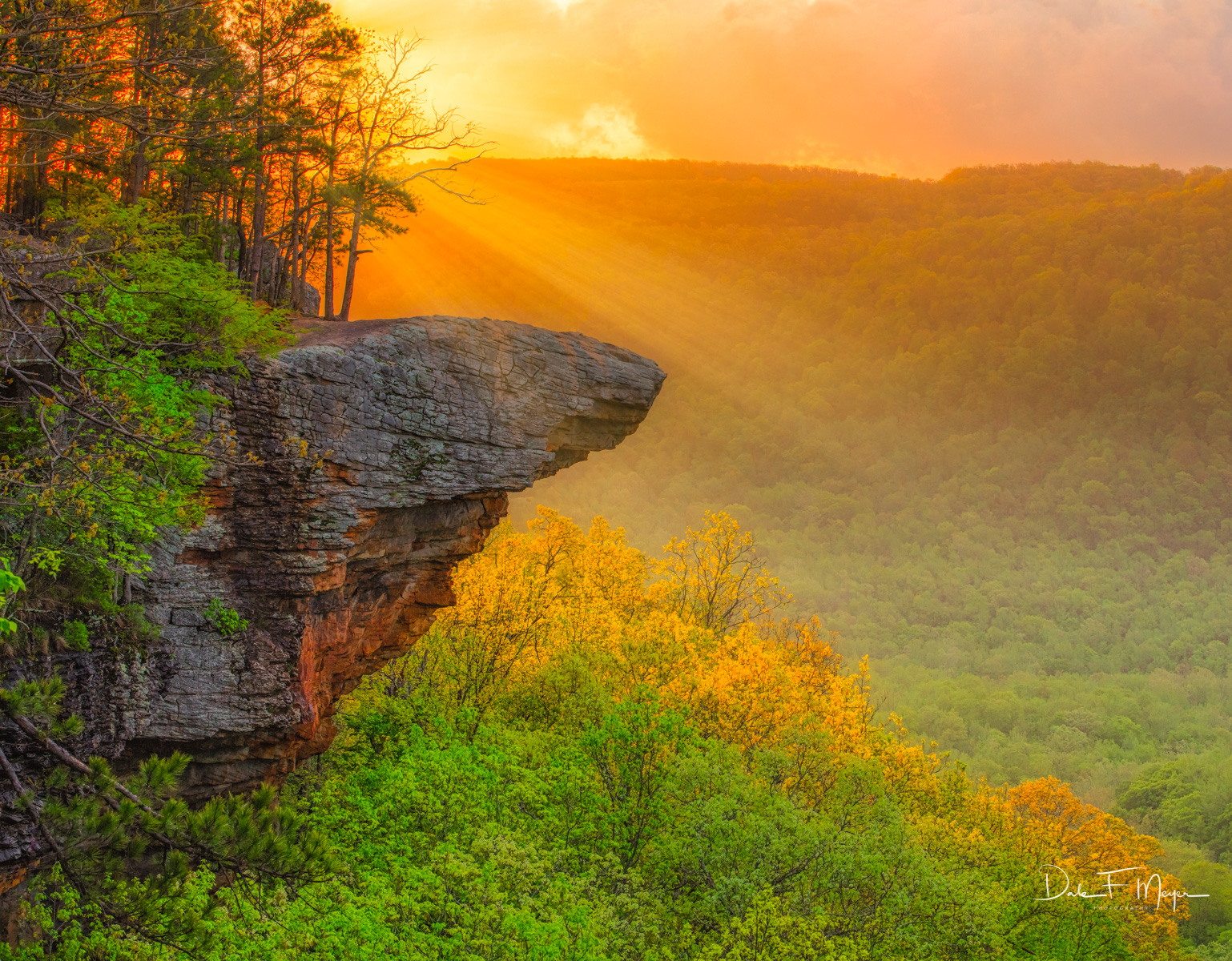 Hawksbill Crag as most in Arkansas call this place is simply stunning. Itwas featured in the opening scenes of the Disney...