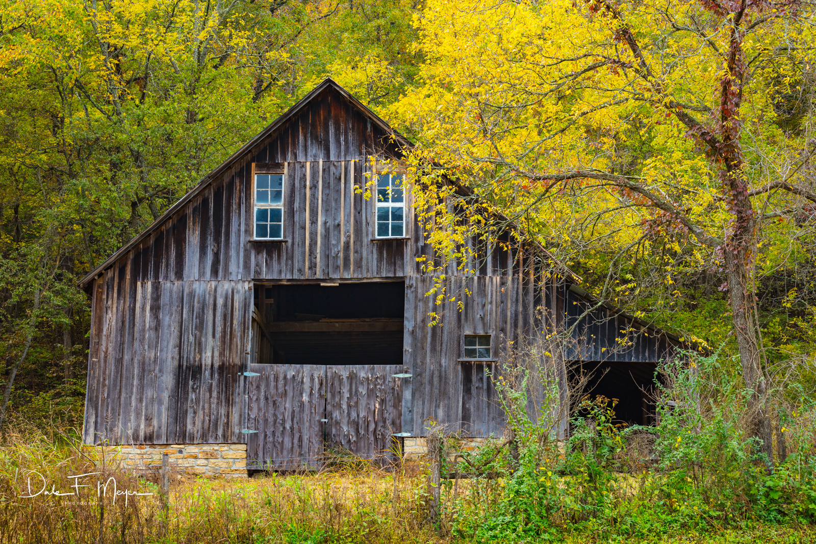 barn, Fall 2018, Ponca Valley Arkansas, time gone by gallery, photo